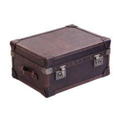 Vintage Trunk Soffbord - TheHome - Möbler online Vintage Trunks, Home And Living, Furniture Decor, Storage Chest, Retro Vintage, Home Decor, Products, Decoration Home, Room Decor