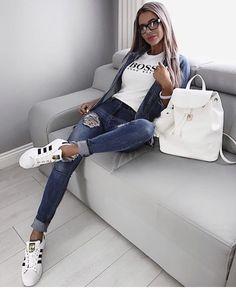 Herbst-Winter-Modetrends – Bijoux tendance 2019 – Modeideen, Mode und Outfit ideen – Dorothy Swert's Stil – Trend Casual Work Outfits, Mode Outfits, Trendy Outfits, Fashion Outfits, Womens Fashion, Fashion Trends, Fashion Styles, Casual Clothes, Looks Jeans