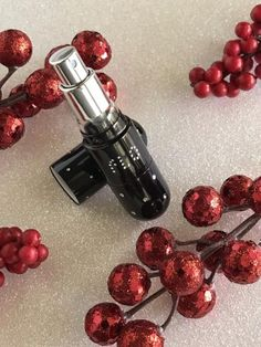 Bring the luxuriouseffect ofthe Refillable Black Crystal 5ml FLO Travel Perfume Atomizer on your next adventure! This universal 5ml Perfume Atomizer will work with any fragrance by unscrewing the bottom cap, tilting the atomizer to a 45 degree angle and spray your perfume into a silicon mouth to fill. This means you can take you favorite fragrance with you whether you are on the go or jet setting to Paris. www.ledyzfashions.com #christmaspresent