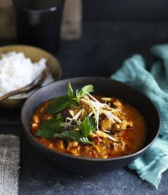 This northern Thai-style Chiang Mai curry is flavoured with ginger as well as turmeric. It's slightly sour and deliciously light.