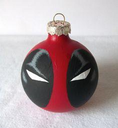 Geek Art Gallery: Crafts: Superhero X-Mas Ornaments