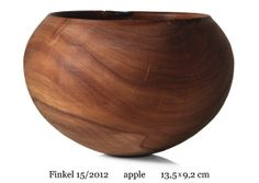 no 15/2012, apple, 13.5 x 9.2 cm    www.christophfinkel.com