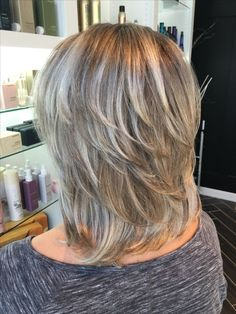 New hairstyles medium 2018 Hair in 2019 Layered Hair Hair Hairstyles medium Medium Layered Haircuts, Medium Short Hair, Medium Hair Cuts, Medium Hair Styles, Short Hair Styles, Hairstyles For Medium Length Hair With Layers, Layered Cuts, Haircut For Thick Hair, Shag Hairstyles