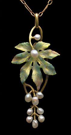 Art Nouveau Gold, Enamel & Pearl European, c.1900