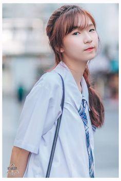 รวมเทรนด์ ทรงผมวัยรุ่น วัยเรียน น่ารัก ต้อนรับเปิดเทอม Yang Yang, Fashion Sets, Face, Summer, Women, Summer Time, Fashion Outfits, The Face, Faces