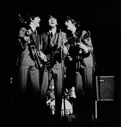 The Beatles featuring Paul McCartney George Harrison John Lennon and Ringo Starr Beatles Guitar, Beatles Love, 19 Year Old Girl, Jake Bugg, The Fab Four, Wife And Girlfriend, Ringo Starr, George Harrison, Bob Dylan