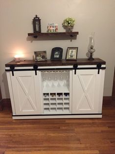 Wine Buffet, Buffet With Wine Rack, Sideboard With Wine Rack, Wine Credenza, Wine Rack Bar, Credenza Decor, Hm Deco, Dining Room Buffet, Dining Room Storage