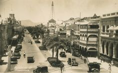 1936 - Flinders Street, Townsville | Queensland Places Paris Skyline, Photographs, Australia, History, Street, Places, Recipes, Travel, Historia