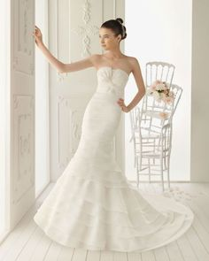 Organza Mermaid Style With Twisted Bodice New Strapless Wedding Dress