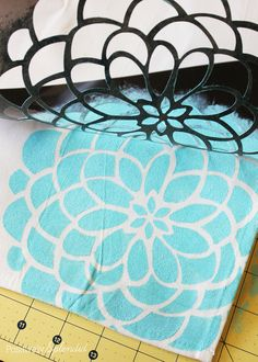 Stencil Reveal using #TulipForYourHome by @splendidamy