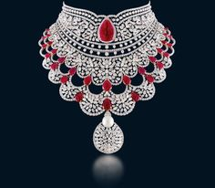Stunning diamond and pink emerald necklace. Beautiful detailing and exceptional design.  #DesignerDiamondNecklace