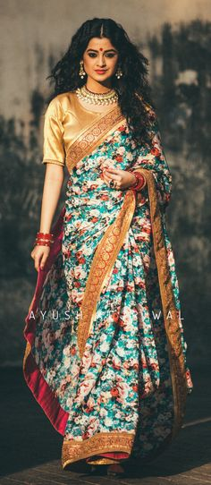 Saree by Ayush Kejriwal Saree Draping Styles, Saree Styles, Drape Sarees, Indian Dresses, Indian Outfits, Indian Clothes, Modern Saree, Stylish Sarees, Lakme Fashion Week