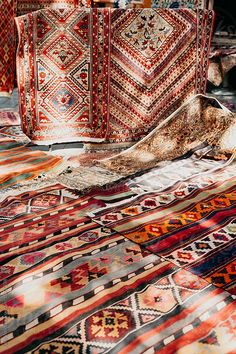 Colorful carpets in outside market, Georgia, Tbilisi. Surf House, Patterned Carpet, Grey Carpet, Pattern Bank, Bohemian Fabric, Georgie, Ottoman In Living Room, Carpet Trends, Bedroom Carpet