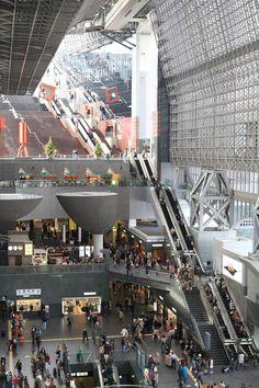 Kyoto Station, Japan 京都駅                                                                                                                                                                                 もっと見る