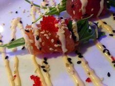Sashimi roll Japenese Food, Sushi Time, Rolls, Ethnic Recipes, Buns, Bread Rolls