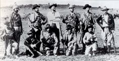 American volunteers who joined the Boers against the British Empire. Arthur Alfred Lynch, commander of the Irish Brigade, stands in the centre of the back row, wearing a white jacket. War Novels, Innocent Child, Fight For Freedom, Inner World, Folk Music, My Heritage, African History, Warfare, Vintage Photos