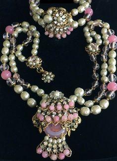 Miriam Haskell - Parure - Métal Doré, Perles de Verre et Strass - Tons Rose