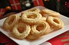 Vanillekranse / Denmark's Christmas Wreath Cookie Recipe (If Music Be The Food Of Love, Play On), dough made with baker's ammonia and pressed out of a meat grinder with a special cookie attachment