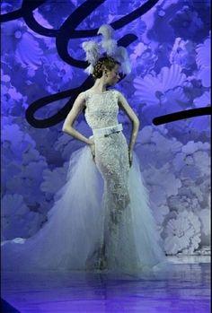 dress by ivan gunawan, indonesia