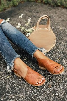 31 Best Tan sandals images | Summer outfits, Fashion, Style