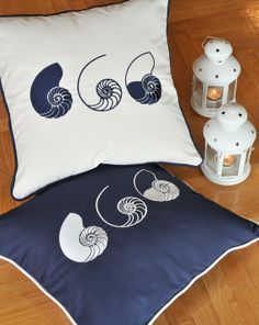 THREE SHELLS indoor-outdoor,embroidered cushion cover, summer pillow, 20x20 pillow (50cm