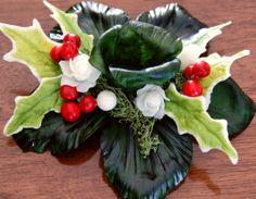 Cold Porcelain Tutorial: Christmas Candlestick part (the making) - Porzellan-Ornament Fondant Flowers, Clay Flowers, Sugar Flowers, Cold Porcelain Tutorial, Rose Candle, Christmas Decorations, Christmas Ornaments, Pasta Flexible, Gum Paste