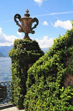 Lago di Como by kearnine