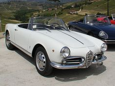 """#Sprintage #ALFAROMEO #GIULIETTA #SPIDER #1961  It came out in 1954 thanks to """"Pininfarina"""", the famous firm of Turin. One of the most beautiful spider of the Italian automotive history, it was for sure the most loved. Compact, elegant in its line, fast and extremely pleasant to drive, it was able in short time to impose itself on the resonant foreign rivals. At the beginning of the '60 this model was at the apex of its success. It was picked out for some movies and spots and #Walter #Chiari"""