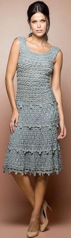 Vestido gris a crochet