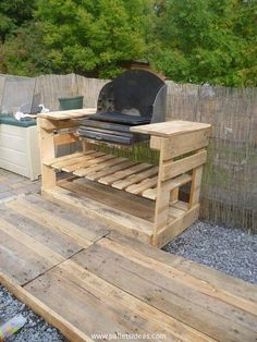 Pallet wood recycling has broken all the boundaries and it has gone beyond them. Like in earlier projects we just focused on some traditional furniture items but now we are making some exceptional crafts like this wooden pallet BBQ table that would assist you while making your favorite meat steaks.