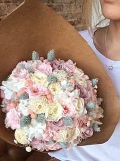 Ramo de flores preservadas en tonos pastel // Pastel tones flower bouquet made of preserved flowers that stay fresh up to 10 years
