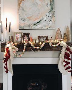 christmas mantle <3