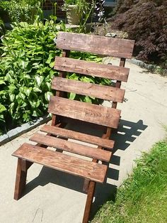 Give your seating a musical chair makeover! 30 awesome #DIY project ideas via Brit + Co.