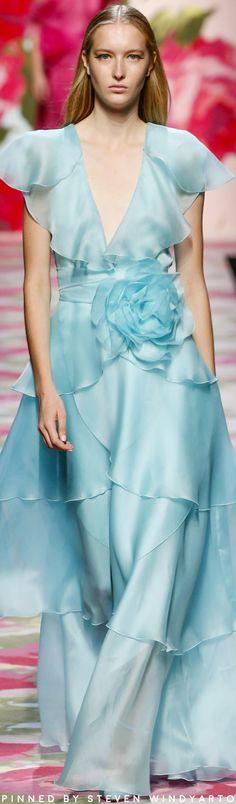 Blumarine Spring 2020 Fashion Show Next Fashion, Blue Fashion, Colorful Fashion, Modern Fashion, Fashion Photo, Fashion Design, Fashion Fashion, Pierre Turquoise, Turquoise Color