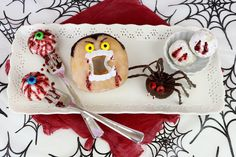Lindsay Ann Bakes: {VIDEO} Halloween Doughnuts
