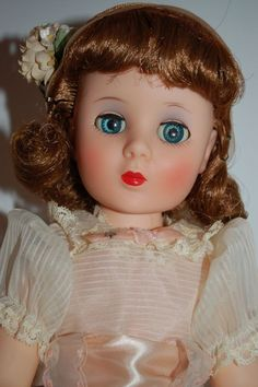 1957 AMERICAN CHARACTER - SWEET SUE SOPHISTICATE - ALL ORIGINAL - GORGEOUS!