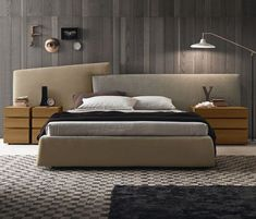 Nobody would like to sleep in a bedroom that's dark and cluttered. Bedrooms are an essential place to decompress at the conclusion of a dayand the bed enables you to do this comfortably. When it has to do with decorating the bedroom at a Micro level, it's always a fantastic idea to coincide with the