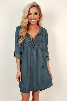 This casual dress is so chic! We love it with sandals, sneakers, or booties! No matter what it looks amazing!
