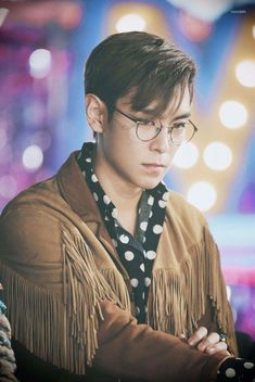 Discovered by miiims. Find images and videos about BigBang, T.O.P and choi seung hyun on We Heart It - the app to get lost in what you love. Daesung, Vip Bigbang, Big Bang, G Dragon, Yg Entertainment, Gd & Top, Top Choi Seung Hyun, Fantastic Baby, Fandom