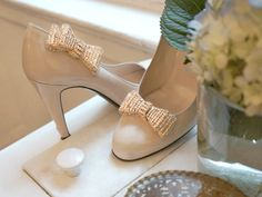 Love these shoe clips!