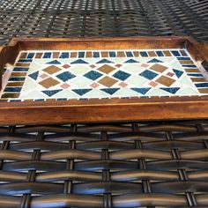 Mosaic Tray, Mosaic Tiles, Mosaic Projects, Art Projects, Mosaic Flower Pots, Rugs, Glass, Artwork, Inspiration