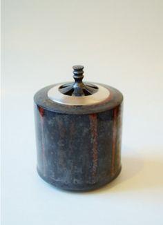 覆黒銀彩香炉