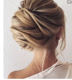 Classic French twist updo #avedamadison