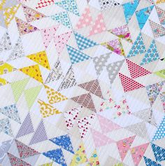 Red Pepper Quilts: Double Flying Geese Quilt - A Finished Quilt