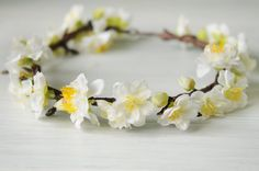 Corona de flores blanca. por TheLittleNemo en Etsy