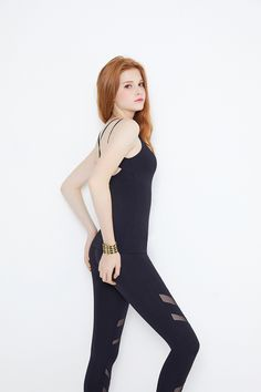 Teen Girl Outfits, Sporty Outfits, Cute Outfits, Little Girl Leggings, Girls In Leggings, Sexy Leggings Outfit, Fashion Poses, Fashion Outfits, Party Gown Dress