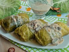 Veal shank with porcini mushrooms - Healthy Food Mom Porcini Mushrooms, Stuffed Mushrooms, Stuffed Peppers, Gourmet Recipes, Cooking Recipes, Healthy Recipes, Cabbage Rolls Polish, Golabki Recipe, Legumes Recipe