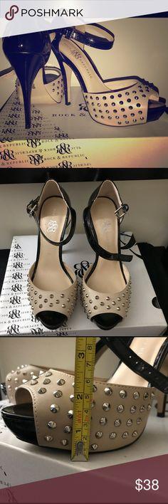 Rock and Republic Size 8.5 Spike Peep Toe Pumps 👠 Lightly used Rock and Republic Size 8.5 Spike Heels 👠 Rock & Republic Shoes Heels