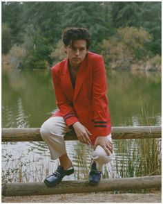 Cole Sprouse Jughead, Cole M Sprouse, Dylan Sprouse, Dylan And Cole, Riverdale Cast, Betty Cooper, Red Blazer, Celebrity Crush, Suit Jacket