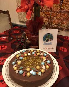 Daim joulusuklaakakku Norman, Birthday Cake, Desserts, Food, Fallow Deer, Tailgate Desserts, Deserts, Birthday Cakes, Essen